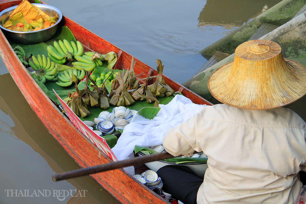Amphawa Floating Market 4