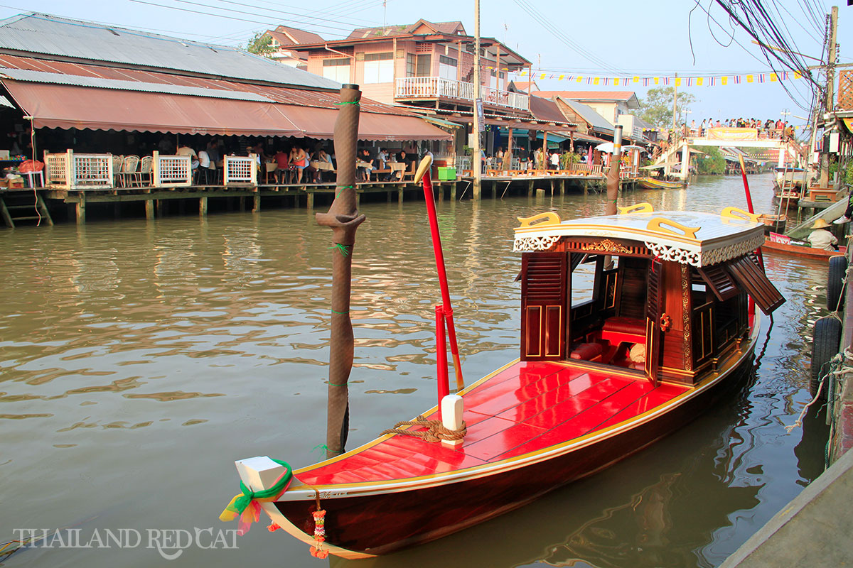 Amphawa Floating Market 5