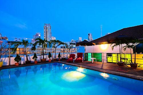 Bangkok Ladyboy Hotel 2