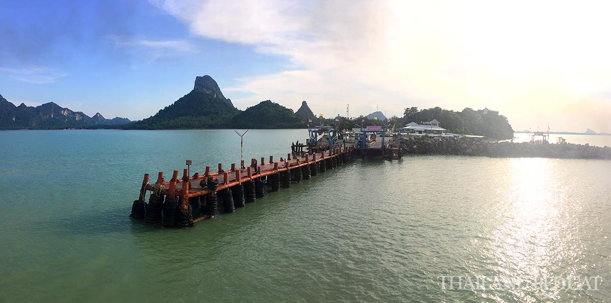 Don Sak Pier Surat Thani