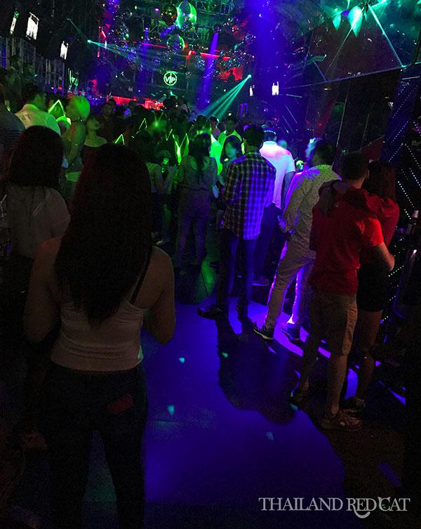 Meisjes in Pattaya Nachtclub
