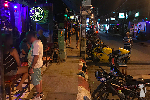 Girly Bars on Loi Kroh Road