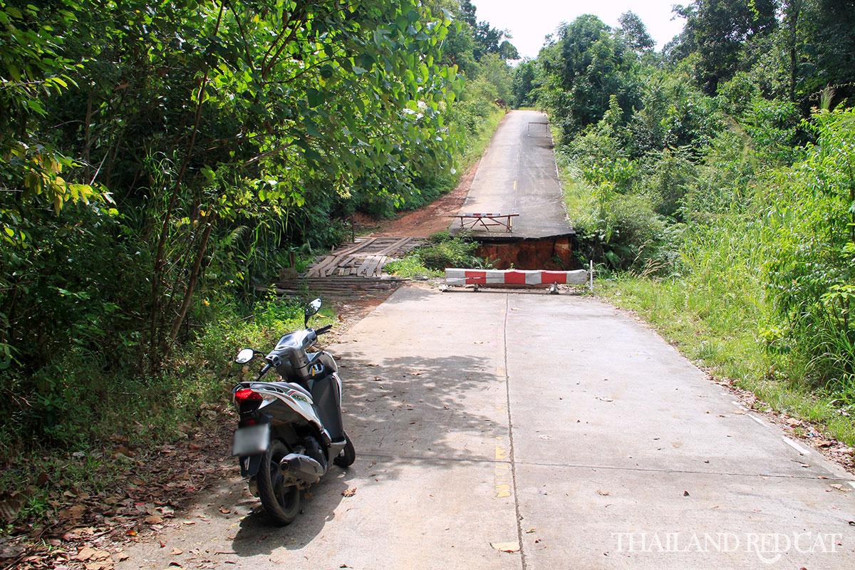 Koh Chang by Motorbike 3