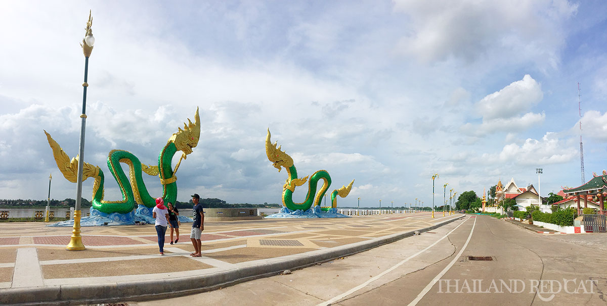 Nong Khai River Promenade